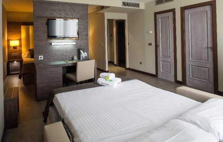 Sercotel Gran Luna de Granada - Room - 38