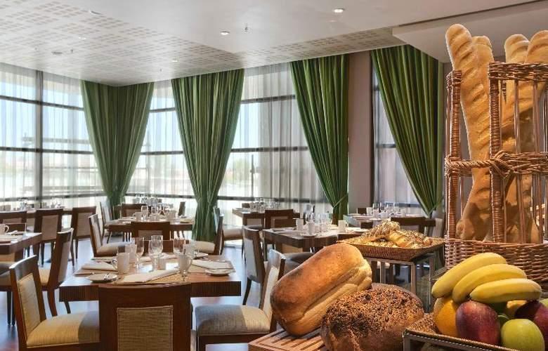 Hilton Windhoek - Restaurant - 11