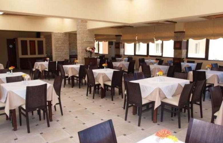 Theo - Restaurant - 8