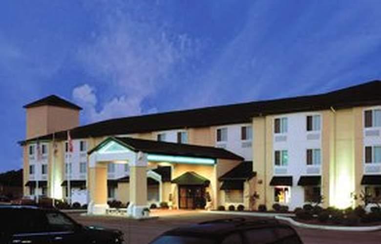 Sleep Inn & Suites (Milan) - Hotel - 0