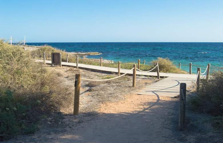 Es Pi 2 - Beach - 2