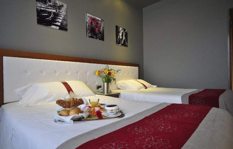 Italiana Hotels Florence - Room - 15