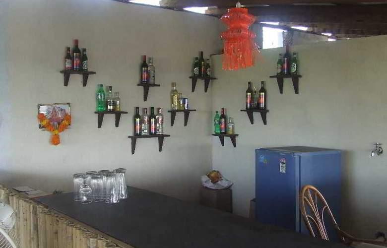 Pleasure Beach Resort - Bar - 4