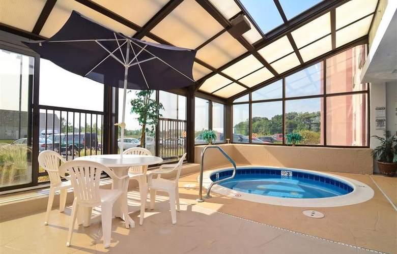 Best Western Joliet Inn & Suites - Pool - 149