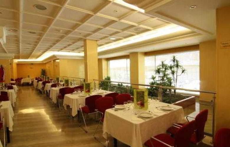 America Sevilla - Restaurant - 11