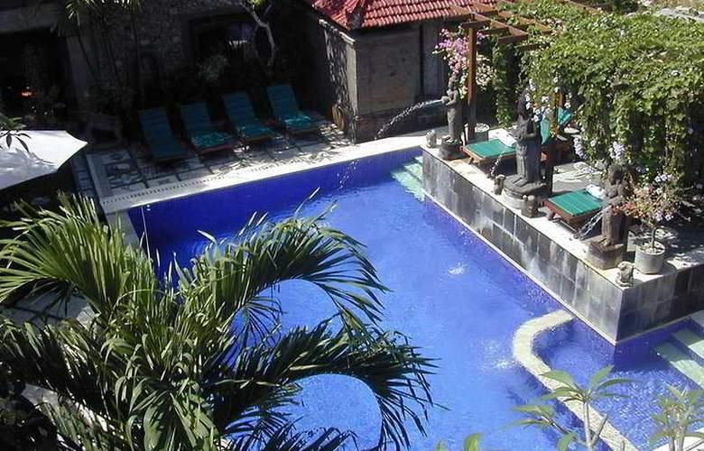 Sahadewa Resort - Pool - 9