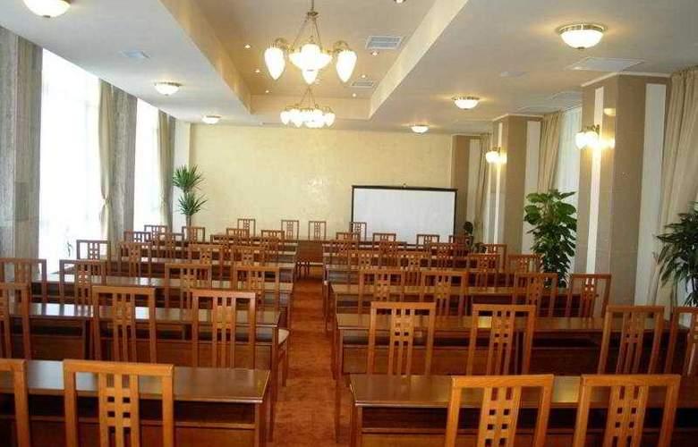 Comandor - Conference - 9