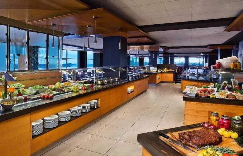 Sheraton on The Falls - Restaurant - 22