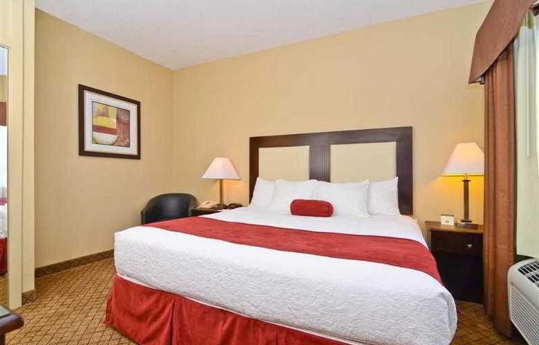 Best Western Plus Macomb Inn - Room - 21