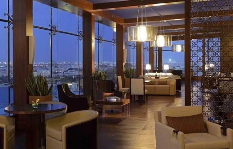 The Ritz Carlton Abu Dhabi, Grand Canal - Restaurant - 3