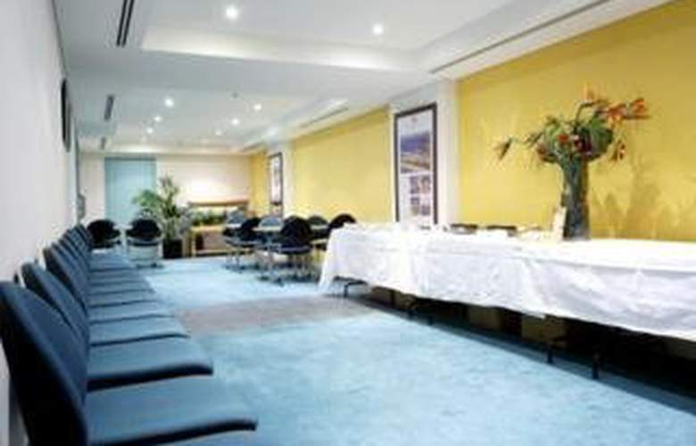 Quest Grande Esplanade Serviced Apartments - Manly - Hotel - 0