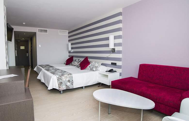 RH Vinaros Aura - Room - 10