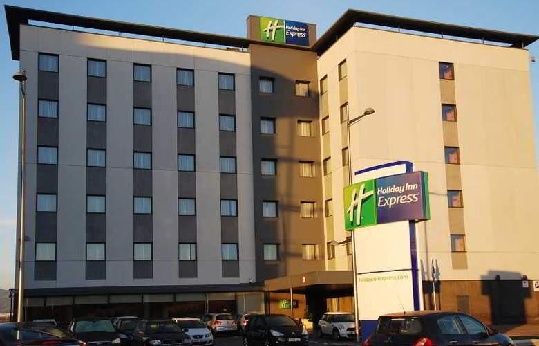 Holiday Inn Express Campo de Gibraltar - Barrios - Hotel - 6