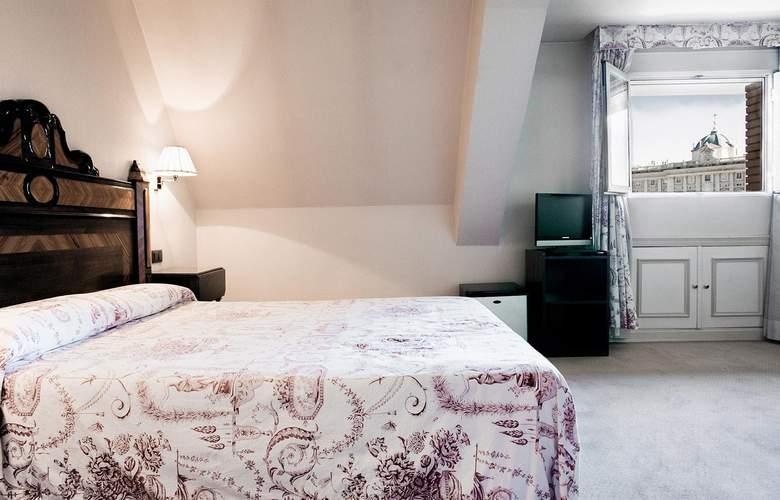 Principe Pio - Room - 8