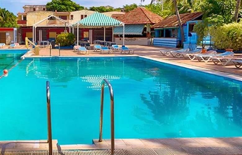 Panamericano - Pool - 3