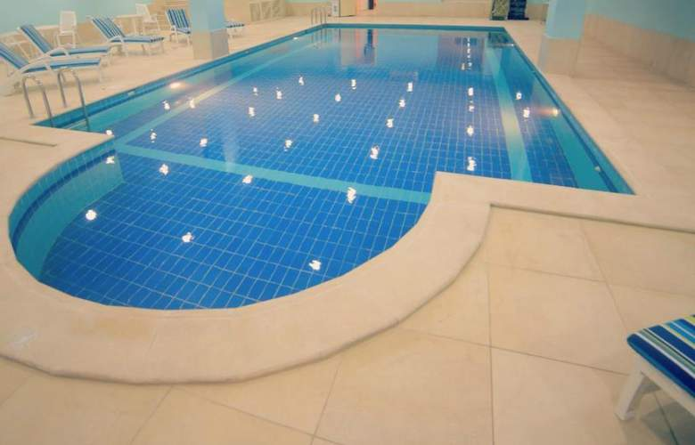 Signature Al Khobar - Pool - 3