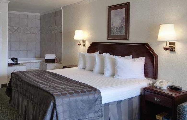 Best Western Garden Inn - Hotel - 8