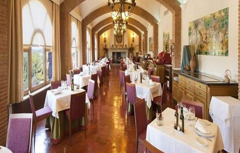 Parador de Benavente - Restaurant - 23