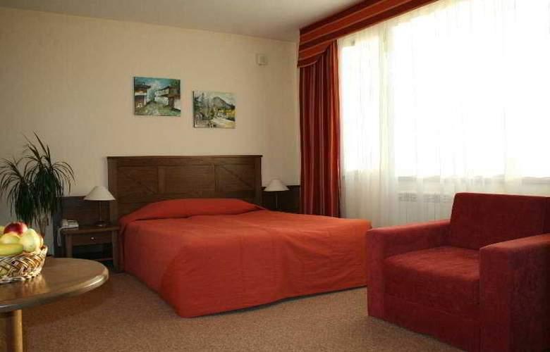 Evelina Palace - Room - 3