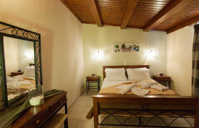 Castello Apartments - Room - 8