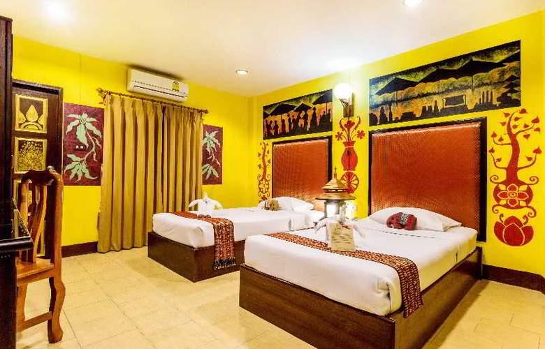 Parasol Inn - Room - 9