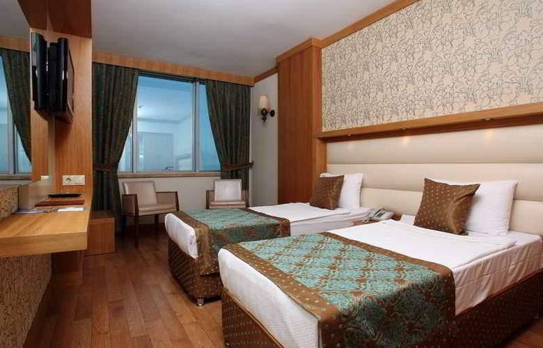 Antalya Hotel - Room - 4