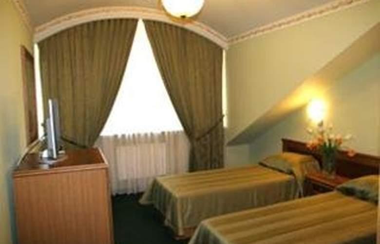 Eva - Room - 1