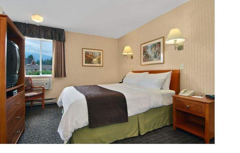 Best Western Capilano Inn & Suites - Room - 32