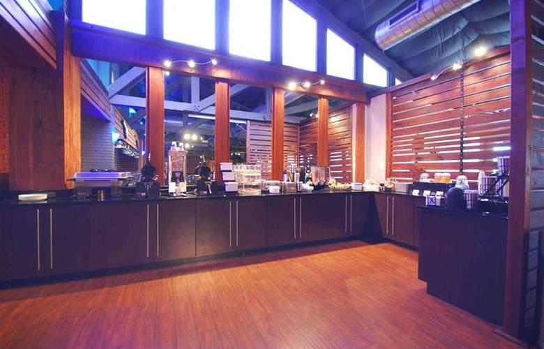 Best Western Plus Austin City Hotel - Restaurant - 116