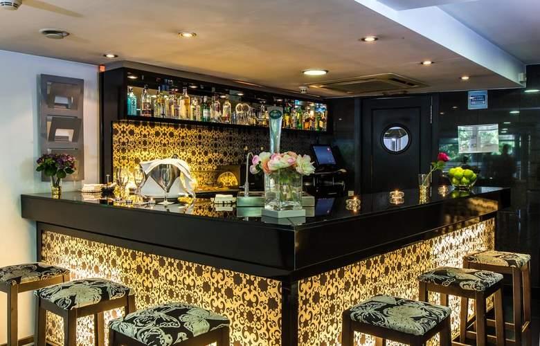 Leonardo Hotel Granada - Bar - 3