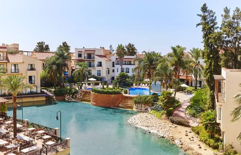 PortAventura - Pool - 15