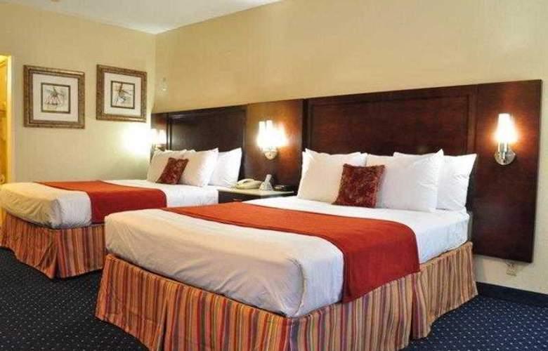 Best Western Plus Miramar - Hotel - 16