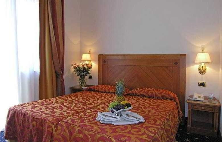 Pinewood Hotel Rome - Room - 5