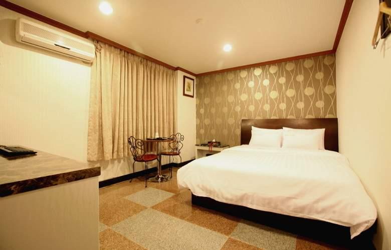 New World Hotel Itaewon - Room - 8