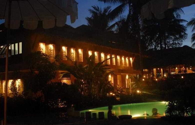 Andamania Beach Resort & Spa - Pool - 7