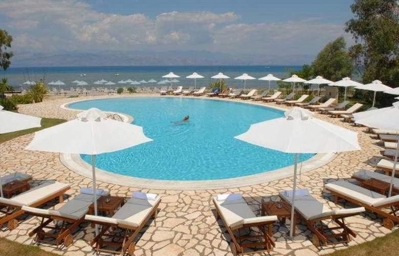 Chrismos Hotel Apartments - Pool - 10