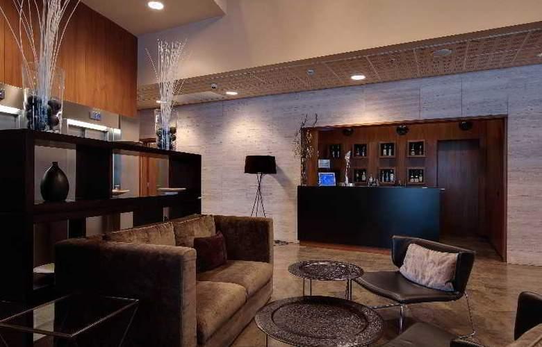 Rafael Hoteles Badalona - Bar - 2
