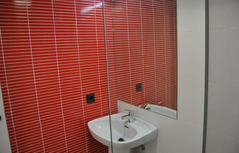 Apartamentos NOW Benidorm - Room - 9