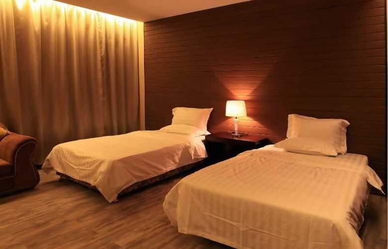East Asia Hotel - Room - 0