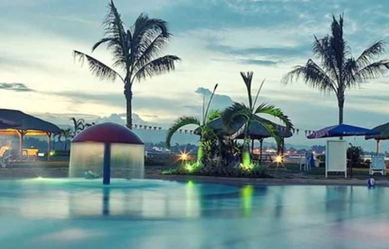 Danao Coco Palms Resort - Pool - 9