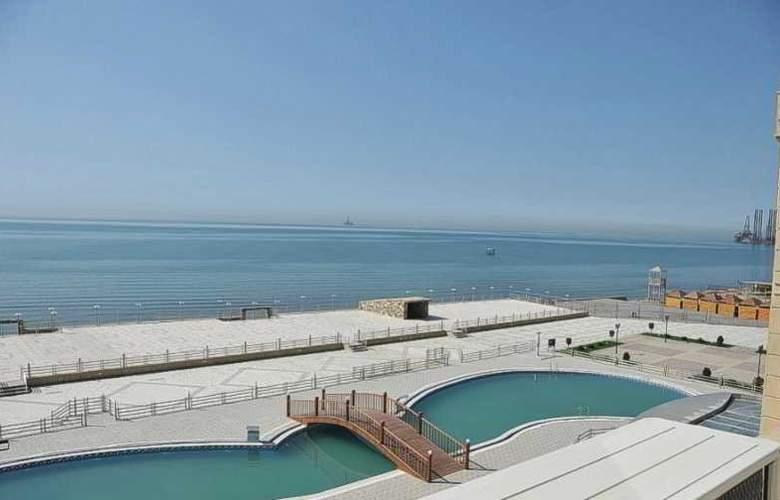 Aysberq Hotel - Pool - 22