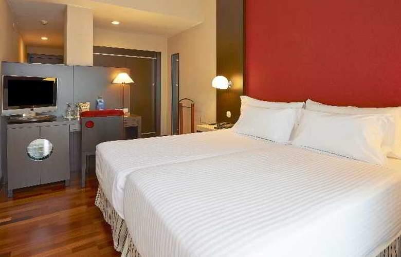NH Barcelona Les Corts - Room - 6