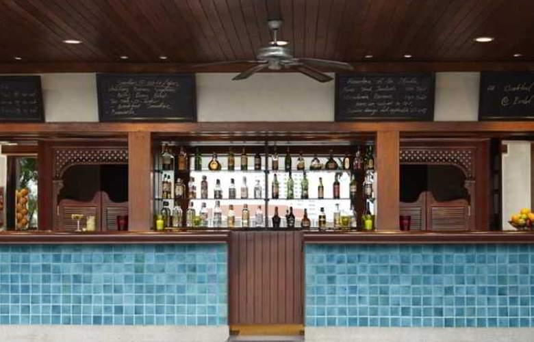 Atrium - Restaurant - 30