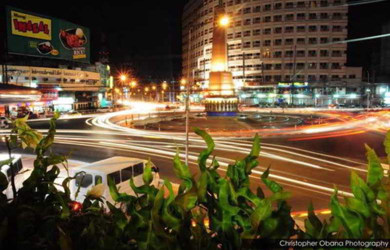 Imperial Palace Suites Quezon City - Hotel - 3