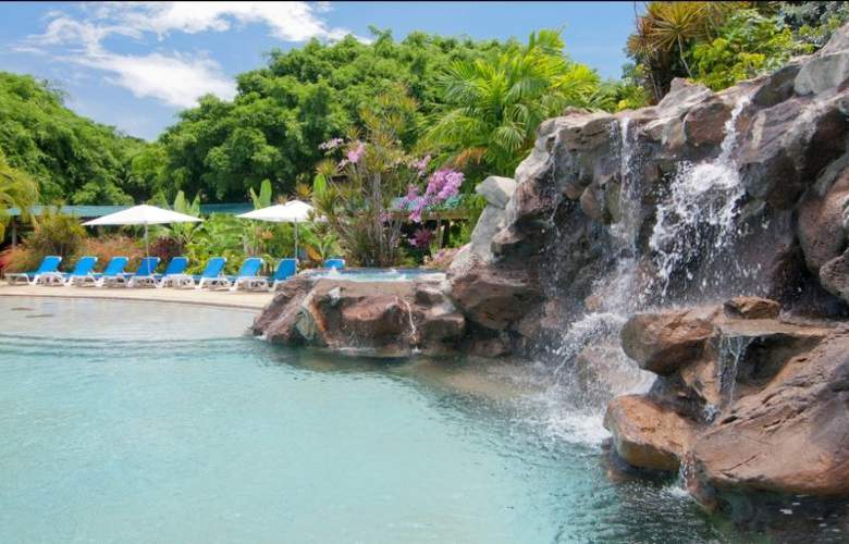 Radisson Grenada Beach Resort - Pool - 9