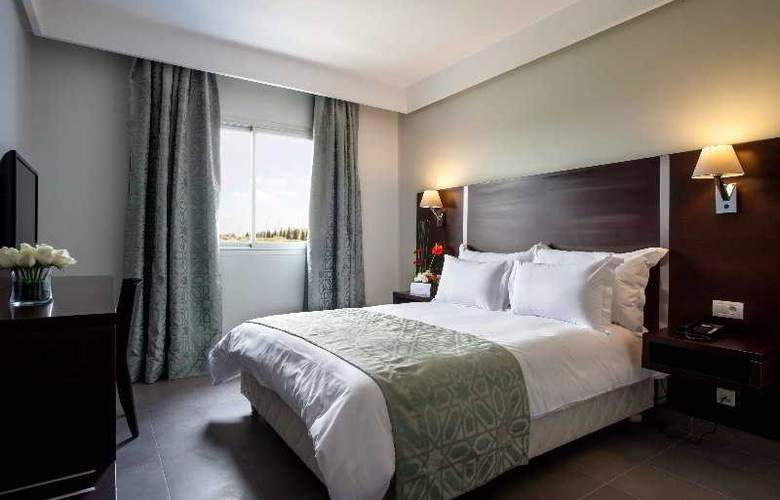 Atlas Sky Airport Hotel - Room - 19