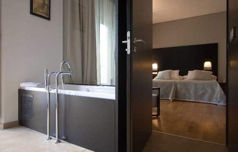 Adealba Merida - Room - 9