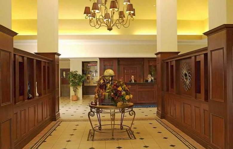 Hilton Garden Inn Toronto Oakville - General - 1