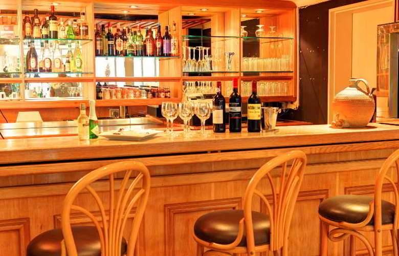Protea Hotel Outeniqua - Bar - 19