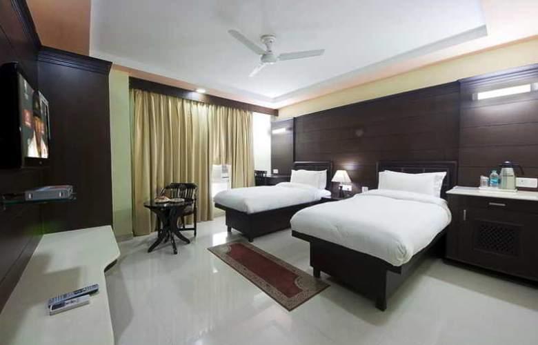 Sun Hotel Agra - Room - 1